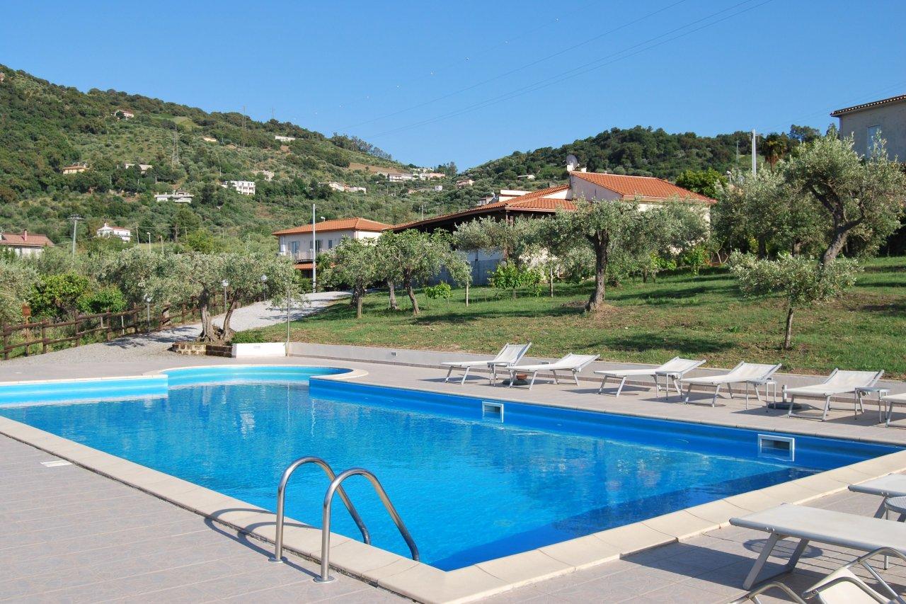 Fewo Mit Pool, 2 Schlafzimmer, WLAN, Terrasse, Garten, Meerblick