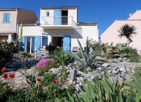 großes Ferienhaus,  Mittelmeerblick,  Hund erlaubt, WLAN, 7 Personen